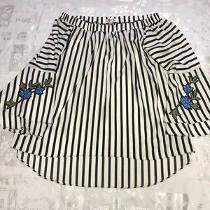 Mishca Women's Top, Size: Medium, Color: Striped